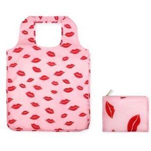 kate spade Bags - 🎉 HP 🎉🆕 kate spade Lips Reusable Shopping Tote